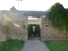 entry to Club Marfisa